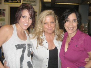 Lori Michaels(left) Lynette Moellner (center) and Choking Victim